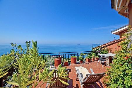 3 bedroom penthouse for sale, La spezia, Liguria