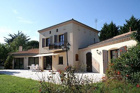 4 bedroom villa for sale, Royan, Charente-Maritime, Poitou-Charentes