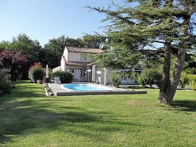 4 bedroom house for sale, Chaillevette, Charente-Maritime, Poitou-Charentes