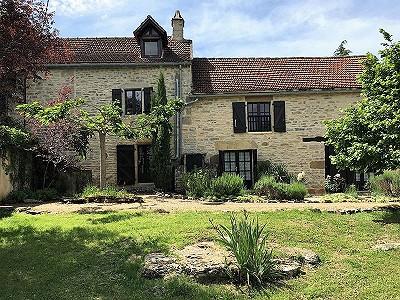 4 bedroom farmhouse for sale, Caylus, Tarn-et-Garonne, Midi-Pyrenees