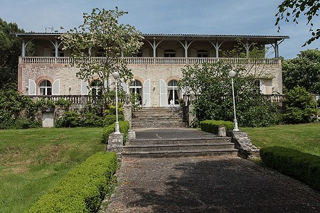 8 bedroom manor house for sale, Angouleme, Charente, Poitou-Charentes