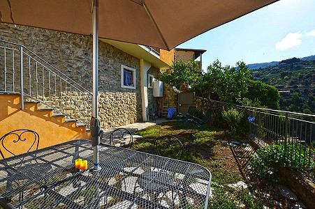 2 bedroom villa for sale, Vallebona, Imperia, Liguria