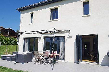 4 bedroom house for sale, Aubeterre Sur Dronne, Charente, Poitou-Charentes