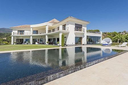 6 bedroom villa for sale, La Reserva De Alcuzcuz, Benahavis, Malaga Costa del Sol, Andalucia