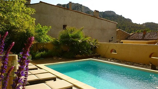 6 bedroom house for sale, Tautavel, Pyrenees-Orientales, Languedoc-Roussillon