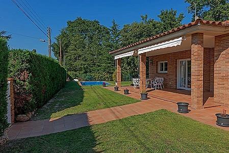 3 bedroom villa for sale, Caldes De Malavella, Girona Costa Brava, Catalonia