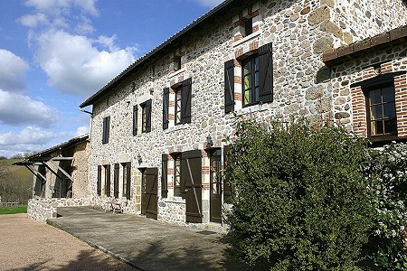 5 bedroom farmhouse for sale, Rochechouart, Haute-Vienne, Limousin