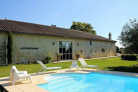 4 bedroom farmhouse for sale, Pons, Charente-Maritime, Poitou-Charentes