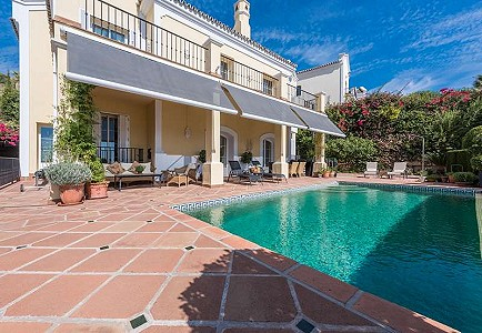 3 bedroom villa for sale, Istan, Malaga Costa del Sol, Andalucia