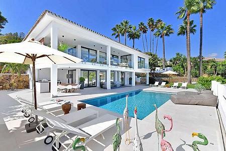 4 bedroom villa for sale, Las Brisas, Nueva Andalucia, Malaga Costa del Sol, Andalucia
