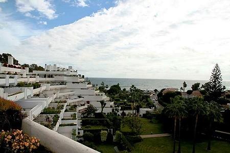 2 bedroom penthouse for sale, Guadalmina Baja, San Pedro De Alcantara, Malaga Costa del Sol, Andalucia