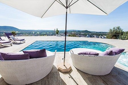 Image 3 | 5 bedroom villa for sale with 1,480m2 of land, Santa Ponsa, South Western Mallorca, Mallorca 203519