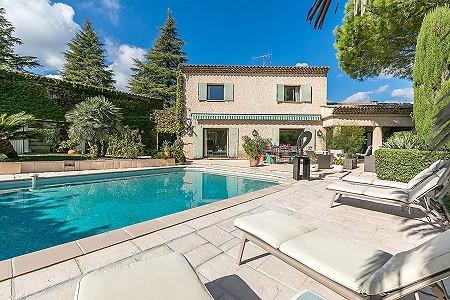 6 bedroom villa for sale, Saint Paul De Vence, Grasse, Cote d'Azur French Riviera