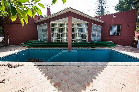 7 bedroom villa for sale, Rio Verde, Marbella Milla De Oro, Malaga Costa del Sol, Andalucia