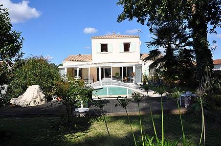 3 bedroom house for sale, Royan, Charente-Maritime, Poitou-Charentes