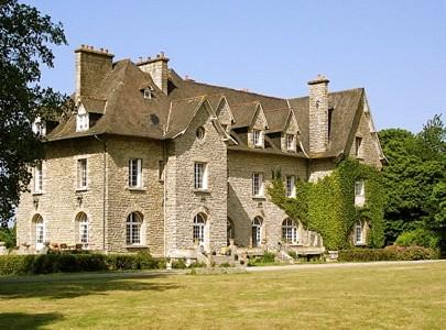 11 bedroom French chateau for sale, Plorec Sur Arguenon, Cote d'Armor 22, Brittany