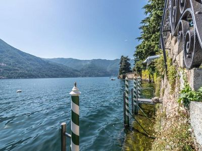 Image 11 | Spectacular Waterfront Residence with Mooring  204082