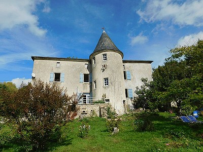 4 bedroom French chateau for sale, Piegut Pluviers, Dordogne, Aquitaine