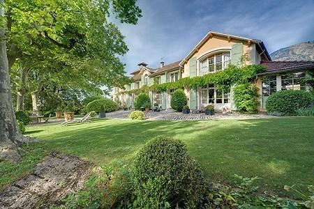 7 bedroom house for sale, Aix les Bains, Savoie, Lake Bourget