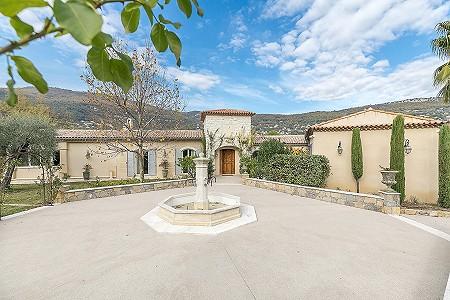 5 bedroom villa for sale, Saint Mathieu, Grasse, Cote d'Azur French Riviera