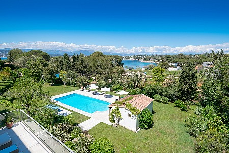 Image 2   6 bedroom villa for sale with 0.38 hectares of land, Cap d'Antibes, Antibes Juan les Pins, French Riviera 204417