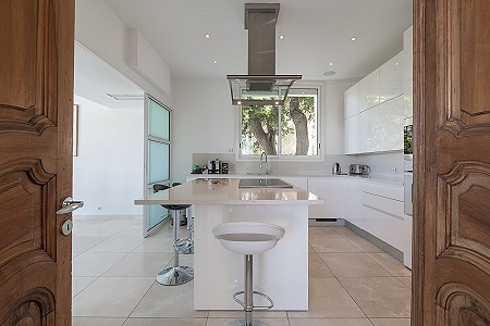 Image 7   6 bedroom villa for sale with 0.38 hectares of land, Cap d'Antibes, Antibes Juan les Pins, French Riviera 204417
