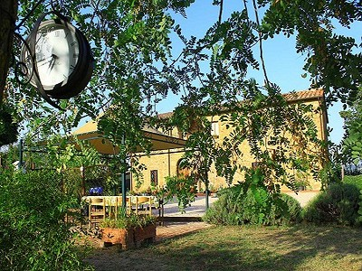 Image 3 | 8 bedroom farmhouse for sale with 1 hectares of land, Citta della Pieve, Perugia, Umbria 204446