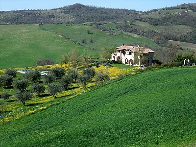 Image 3 | 6 bedroom farmhouse for sale with 3.5 hectares of land, Fabro, Terni, Umbria 204454