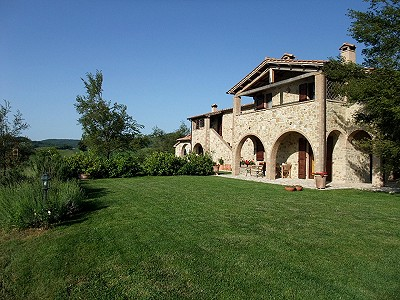 Image 4 | 6 bedroom farmhouse for sale with 3.5 hectares of land, Fabro, Terni, Umbria 204454