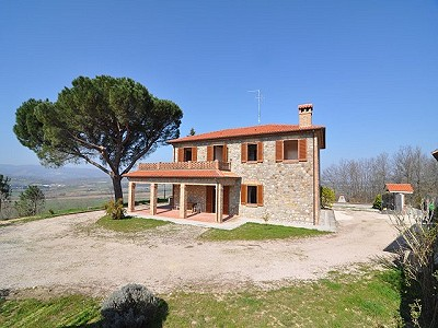 4 bedroom farmhouse for sale, Monteleone d