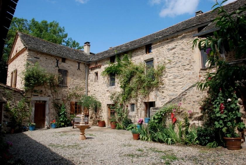 farmhouse segala france 183622 prestige property group. Black Bedroom Furniture Sets. Home Design Ideas