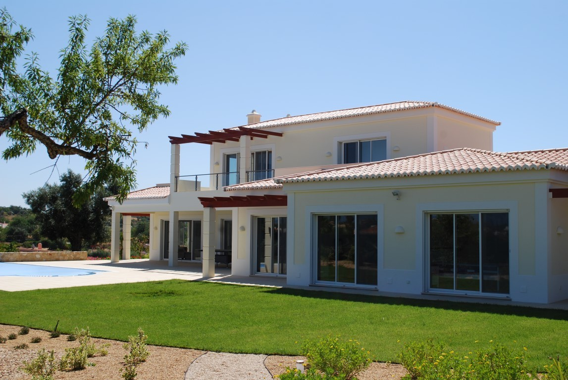 4 Bedroom Villa For Sale, Vale De Pinta Golf Resort, Carvoeiro, Lagos,  Algarve