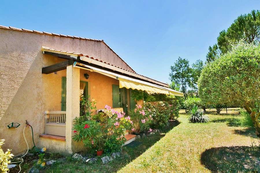 Villa france uzes 207115 prestige property group for Garage uzes gard
