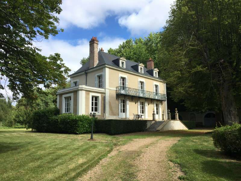 renovated riverside french chateau with 6 bedrooms chateau du loir loire valley. Black Bedroom Furniture Sets. Home Design Ideas
