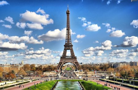 Paris apartments for sale near the Eiffel Tower.