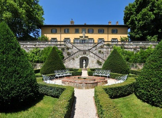 Tuscany property for sale.