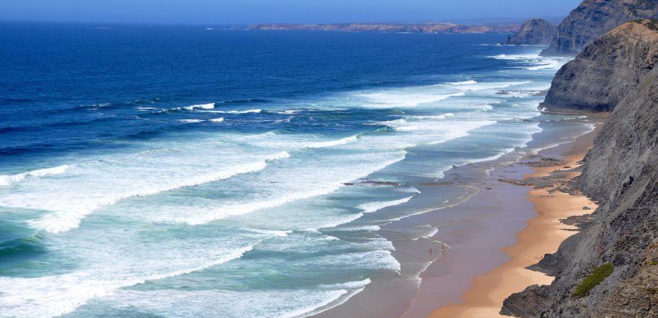 Algarve coastline near our Algarve villas for sale.