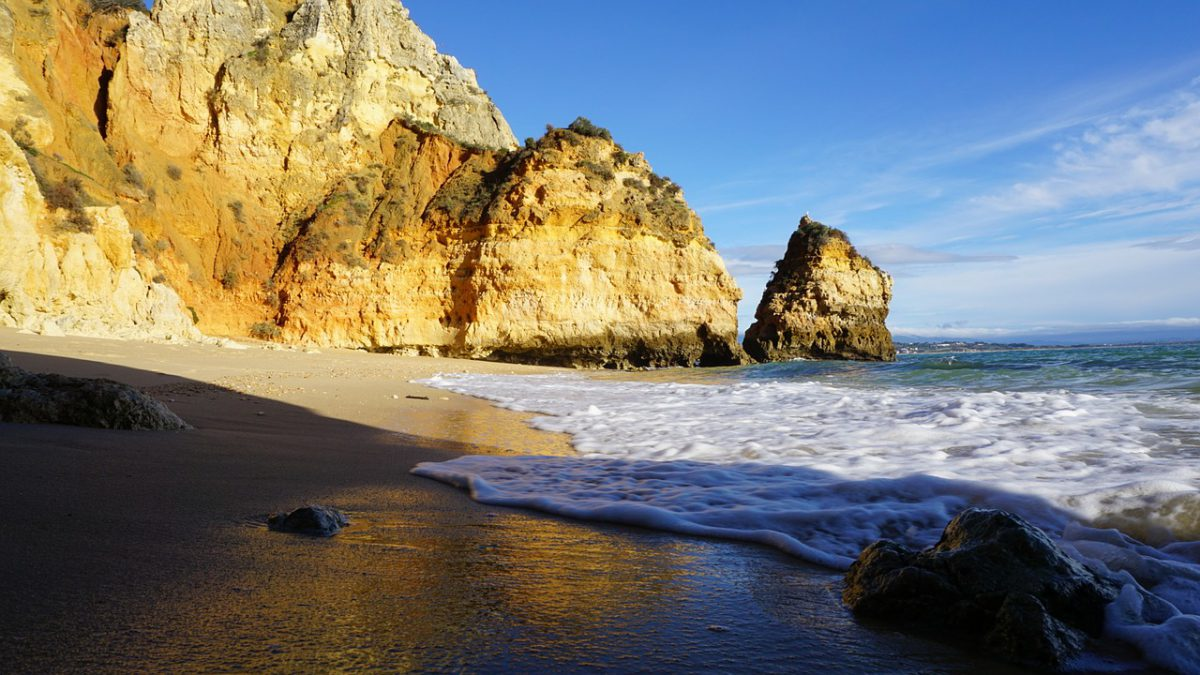 Discover Faro as you've never seen it