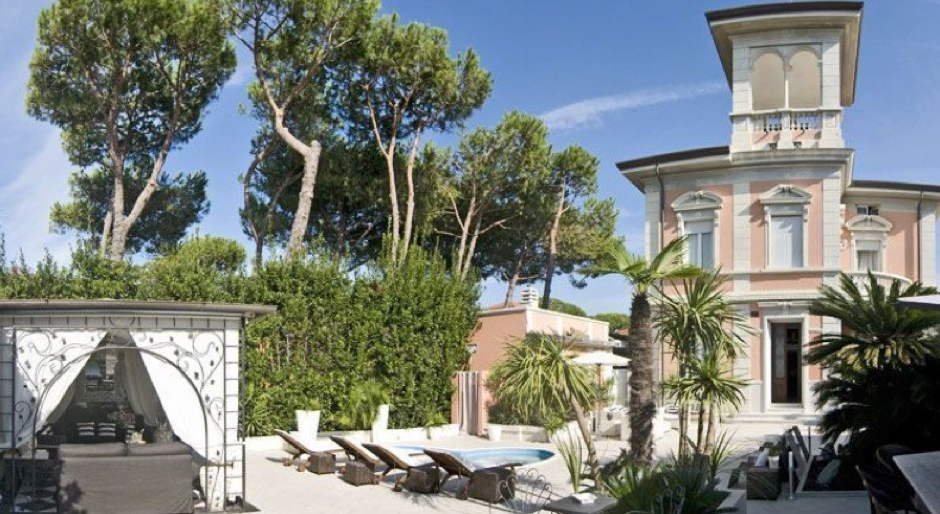 Tuscany property for sale with Prestige Property Group.