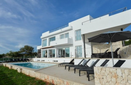 luxury property in Majorca, a holiday villa