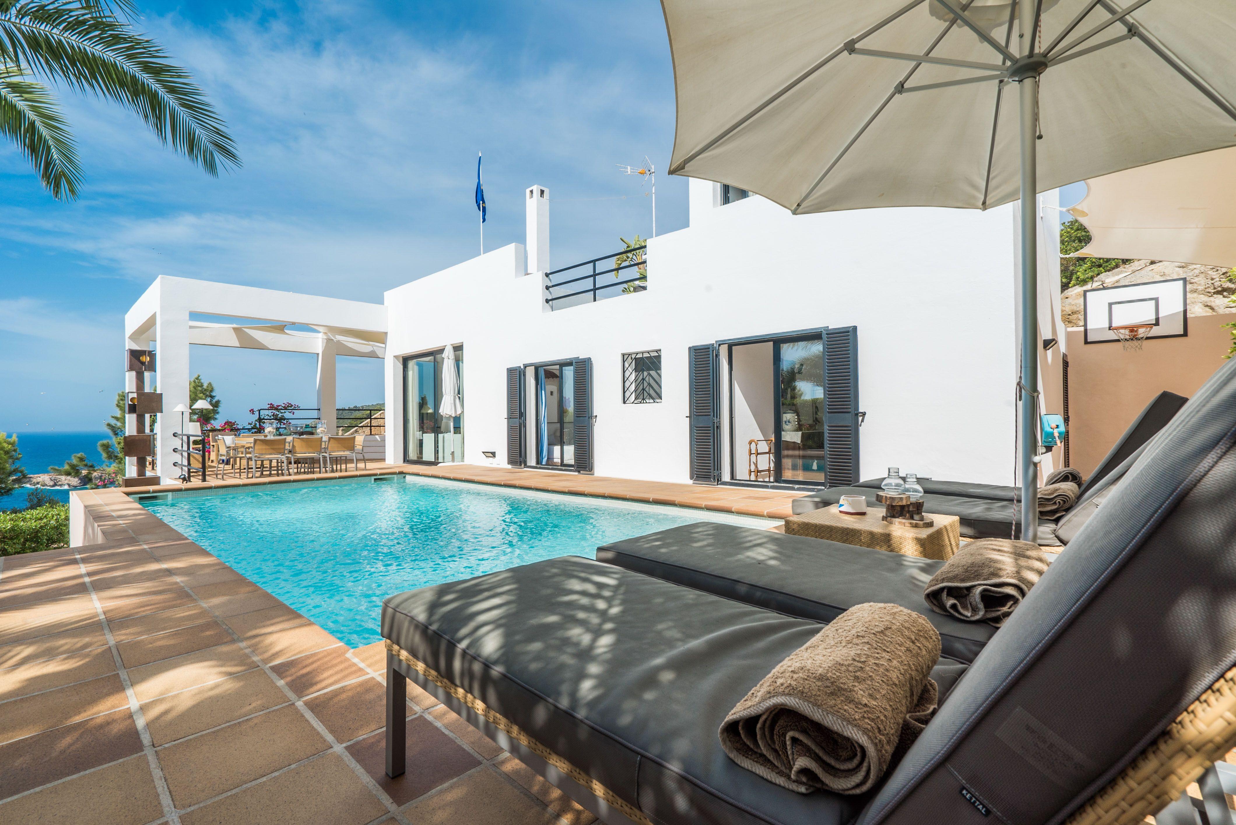 5 bedroom villa for sale, Roca Llisa, Santa Eularia des Riu, Ibiza