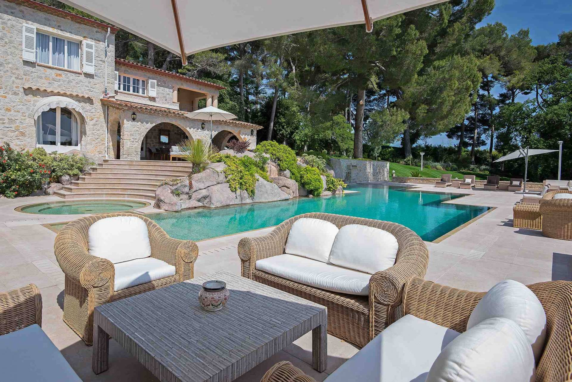 11 bedroom house for sale mougins, french riviera, vineyard