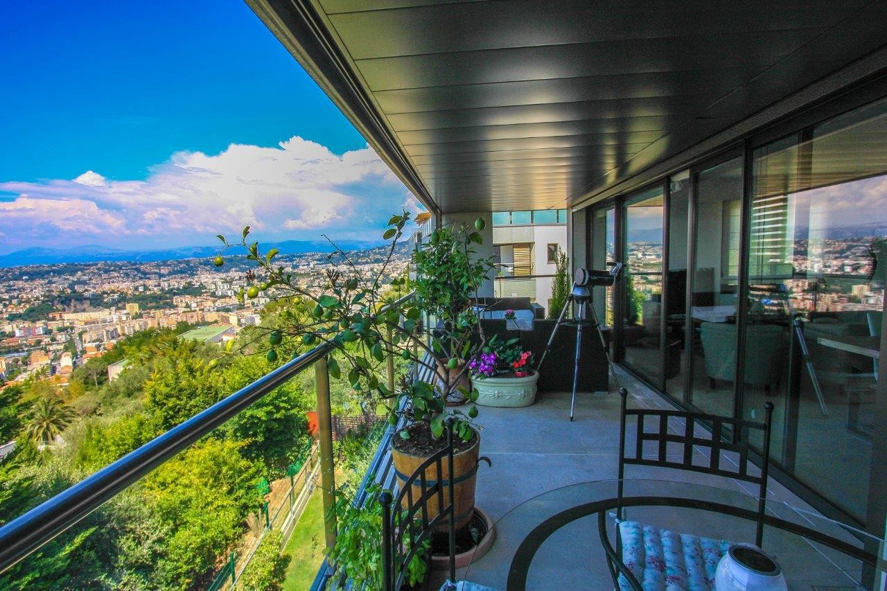 French Riviera Nice Apartment for sale