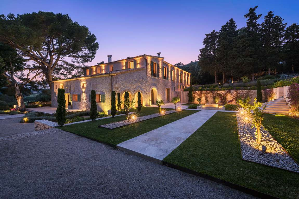 Spanish wedding venue Mallorca estate