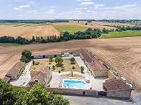 Stunning country estate with 5 gites and...