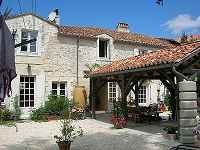 9 bedroom house for sale, Verteillac, Do...
